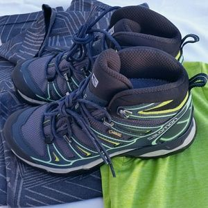 best service 07878 cce31 Salomon X Ultra 2 Mid GTX Women's Hiking Boots